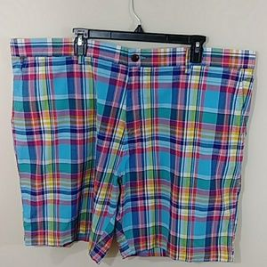 Tommy Hilfiger Plaid Shorts Sz 44 NWT